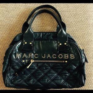 Marc Jacobs Handbags - Authentic Marc Jacobs Signature Kristin Bowler