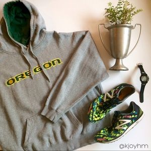 Colosseum Other - Oregon hooded sweatshirt