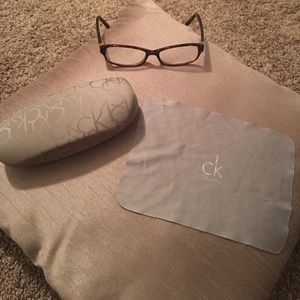 Calvin Klein Accessories - CALVIN KLEIN GLASSES&CASE 💕SALE💕