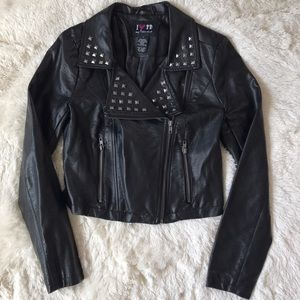 Boy Meets Girl Jackets & Blazers - Boy meets Girl leather jacket small faux