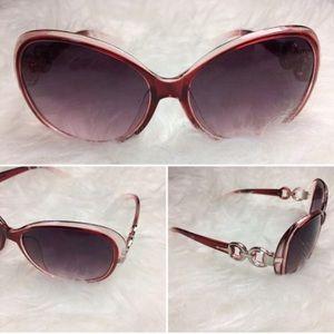 Accessories - 3 for $21 🎲🎲🎲 Fashion sunglasses - wine