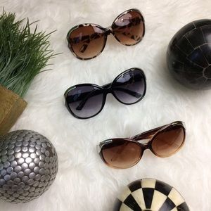Accessories - 3 for $21 🎲🎲🎲 Fashion Sunglasses - 3 colors