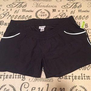 Motherhood Maternity Pants - Motherhood maternity running shorts