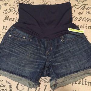 GAP Pants - Gap maternity jeans shorts size 6