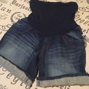 Motherhood Maternity Pants - Motherhood maternity jeans shorts size medium