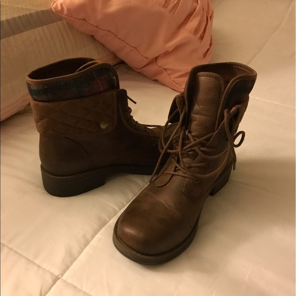 american eagle by payless american eagle brown boots