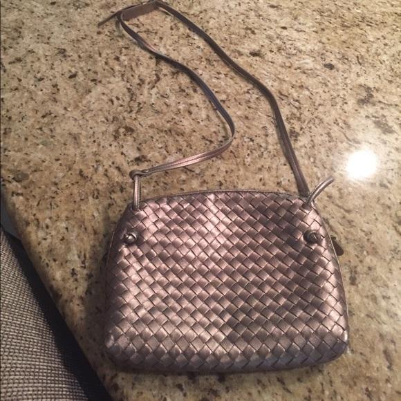 60fe8b4f79 NWT 100% authentic Bottega Veneta crossbody bag