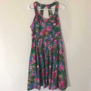 London Times Dresses & Skirts - London Times Floral Dress