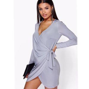 Boohoo Dresses & Skirts - * SALE * Boohoo Knot Dress