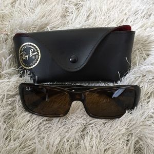 Ray-Ban Accessories - Rayban tortoise shell sunglasses w case. Authentic