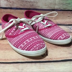 385 Fifth  Shoes - 385 Fifth Canvas Sneakers Size 8