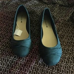 Shoes - 12...12 W....13 TEAL SUEDE TWISTED SLIPPER...SALE!