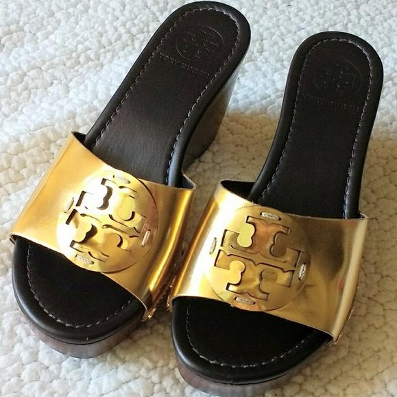 1e0b12ca990 Like new Tory Burch Patti wedge sandals size 7.5. M 591c5df3fbf6f98e590048cb