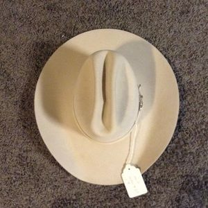 Bailey Of Hollywood Accessories - Bailey's 3X felt hat size 6-5/8