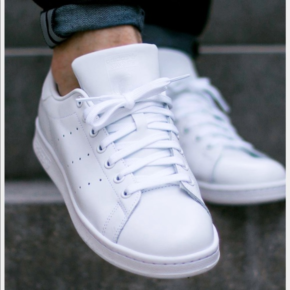 sports shoes b3c48 49685 Adidas Originals Stan Smith Triple White Women's 8