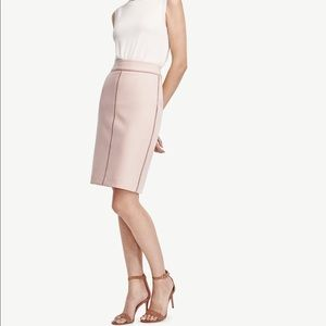 Ann Taylor Dresses & Skirts - ANN TAYLOR Stitched Pencil Skirt
