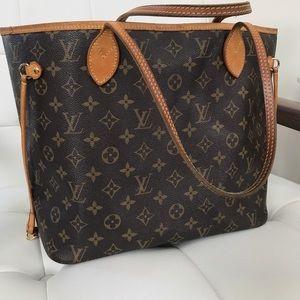 Louis Vuitton Handbags - Authentic Louis Vuitton Neverfull Monogram