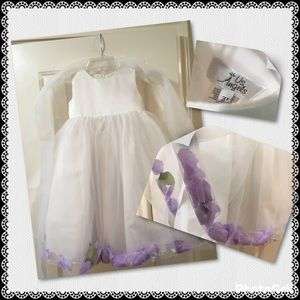 Us Angels Other - Flower girl dress white with purple rose petals 3t