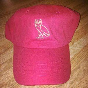 Drakes Accessories - Red OvO Owl Strapback