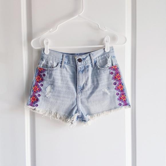 Embroidered Jeans Hollister | Makaroka.com