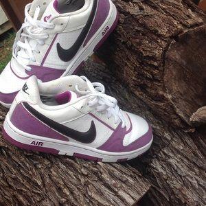 Nike Shoes - Nike air prestige III  White/Purple Women's shoes