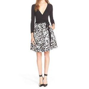Diane von Furstenberg Dresses & Skirts - Reduced 👗Diane von Furstenberg  wrap dress