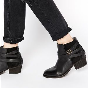 H By Hudson Shoes - H by Hudson Real Leather Horrigan Ankle Boots