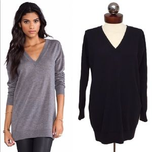 Theory Sweaters - THEORY $238 audrin oversized v neck sweater blue