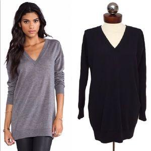 THEORY $238 audrin oversized v neck sweater blue