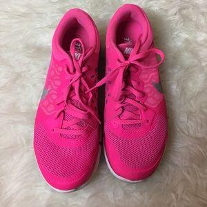 Nike Shoes - Nike FitSole Flex 2015 Running Shoe