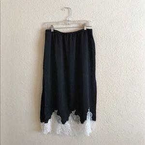 ZARA women's Black & White Midi Lace Skirt M