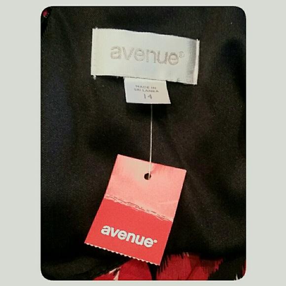 Avenue Dresses - NWT's Avenue Summer Dress Red Black White Size 14