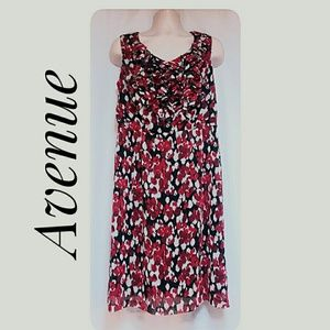 NWT's Avenue Summer Dress Red Black White Size 14