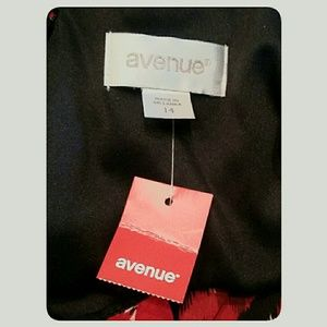 Avenue Dresses - NWT's Avenue Summer Dress Red Black White Size 14