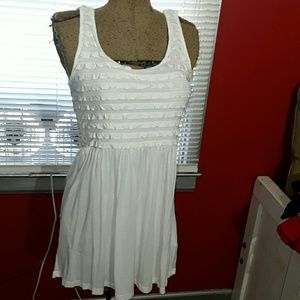 Divided Dresses & Skirts - White Divided dress with ruffled bodice size 8