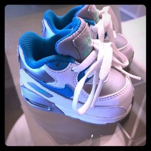 Baby Nike sneakers size 2c