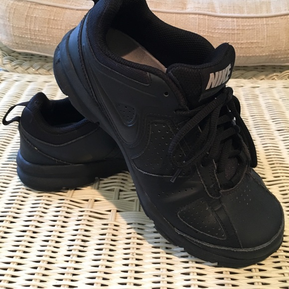 69 nike shoes nike s slip resistant work