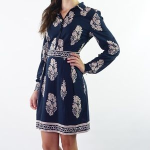 Esley Dresses & Skirts - Navy printed long sleeve button up dress