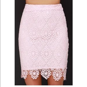 ***PRICE REDUCED *** Lulus Pink Skirt.