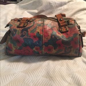 Patricia Nash Handbags - Patricia Nash floral leather purse