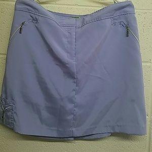 Izod. Streach skirt/shorts golf skirt