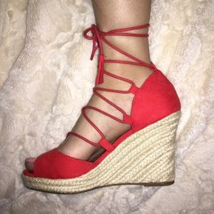 Atmosphere Shoes - LACE UP WEDGES