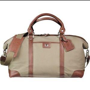 Cutter & Buck Handbags - NWOT Cutter & Buck Duffle Bag