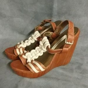 Cynthia Vincent Shoes Wooden Wedge Nautical 7