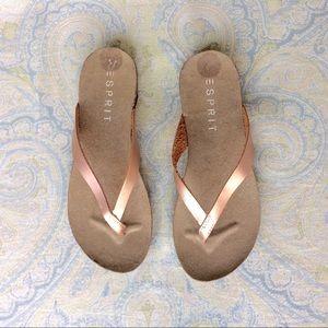 Esprit Shoes - 🇺🇸MD Sale NWT Esprit metallic sandals quark NWOB