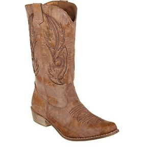 coconuts Shoes - 👢👢Fun Tan 8.5 Cowgirl Boots