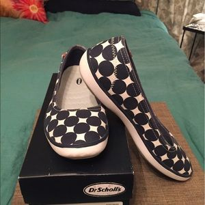 Dr. Scholl's Shoes - Dr. Scholl's Navy and white polka dot slip-on
