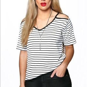 Boohoo Tops - Super cute shoulder cut out top LOWEST PRICE