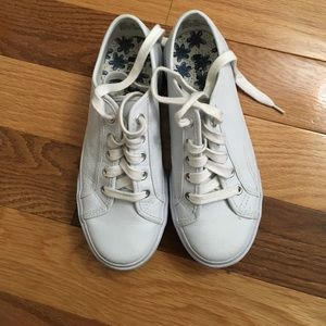 White Lucky Leather Tennis shoes Sz 6