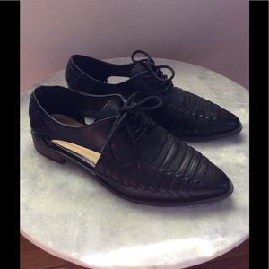 Forever 21 Black Pointy Toe Cut-out Oxford - 7